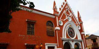 Institución-Universitaria-de-Bellas-Artes-y-Ciencias-de-Bolívar
